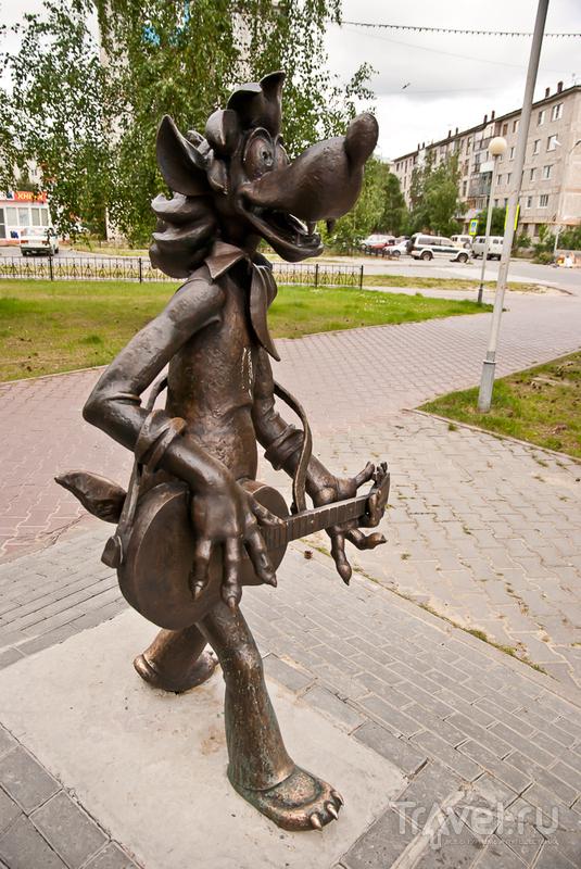 Белоярский. Северный пляжный город с удивительными памятниками / Россия