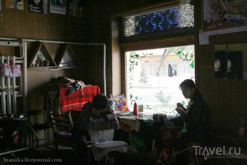 Рынки Узбекистана. Одежда / Узбекистан