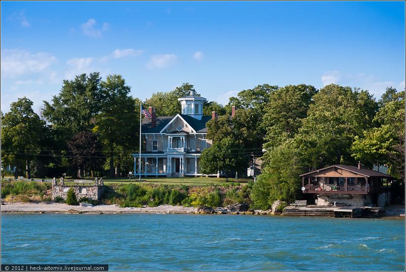 Вокруг великого озера Эри. Дачный остров и курс на Детройт / Канада
