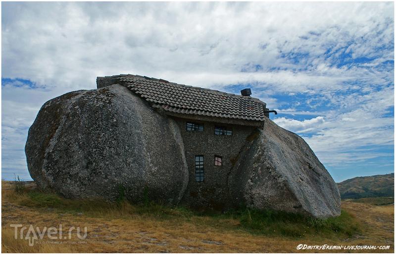 Дом с круглыми углами / Португалия
