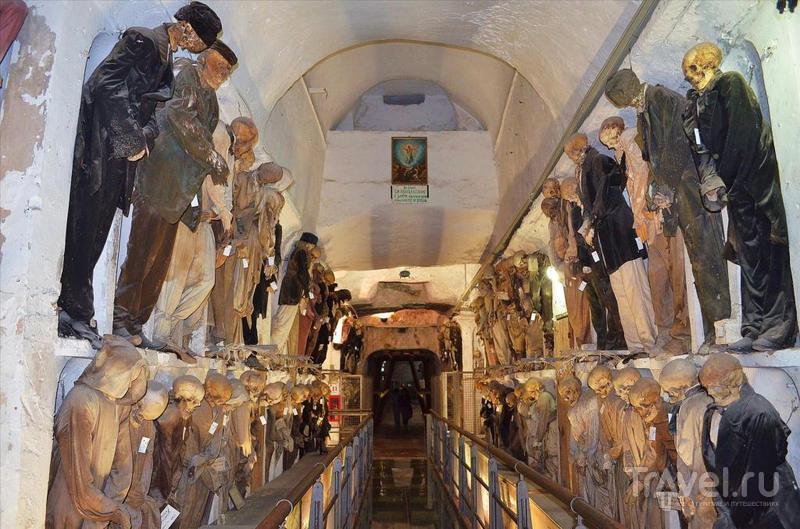 Погребальные катакомбы в Палермо / Италия