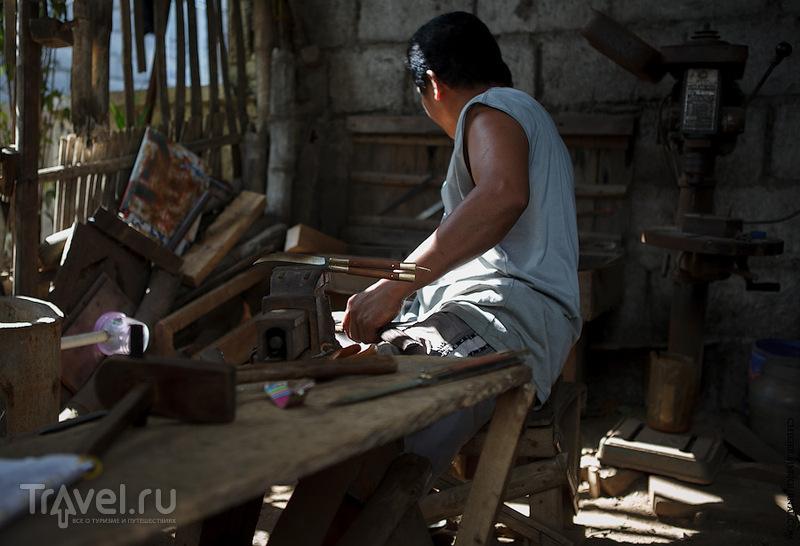 """Тааль - родина филиппинских ножей """"балисонгов"""" / Филиппины"""