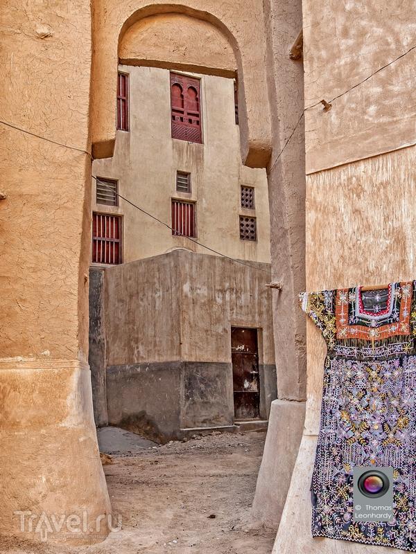 Шибам - старейший пример городского планирования, основанного на принципе строительства по вертикали / Йемен