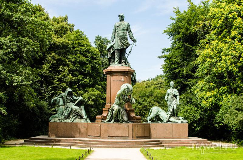 Памятник Отто фон Бисмарку в Берлине / Фото из Германии