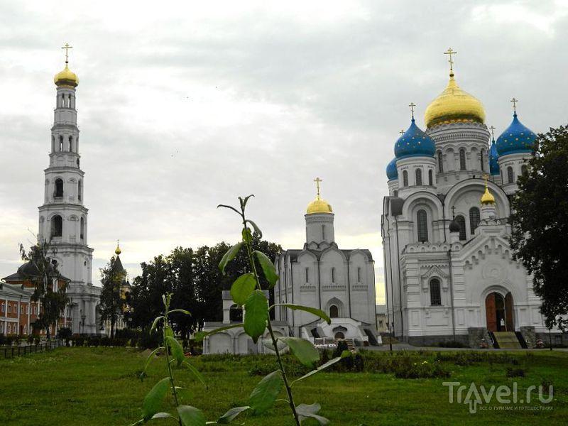 Свято-Никольский Угрешский монастырь в Дзержинском / Фото из России