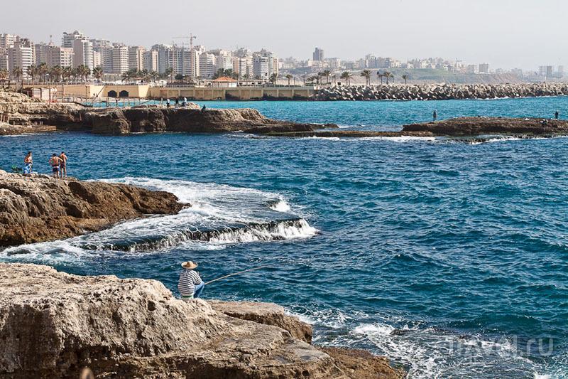 Вид из Raoucheh на район Ramlet El Baida / Фото из Ливана