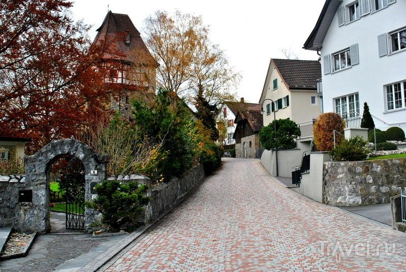 Зеленый, желтый, красный - Лихтенштейн прекрасный / Лихтенштейн