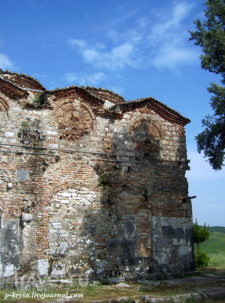 Монастырь в Месопотаме. Албания / Албания
