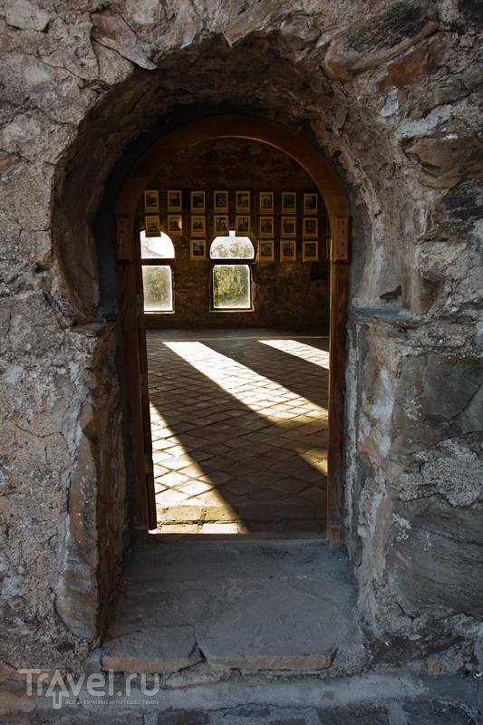 Путешествие по Грузии. Монастырь Некреси, Греми, Телави / Грузия