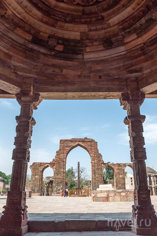 Дели - Кутаб Минар / Индия