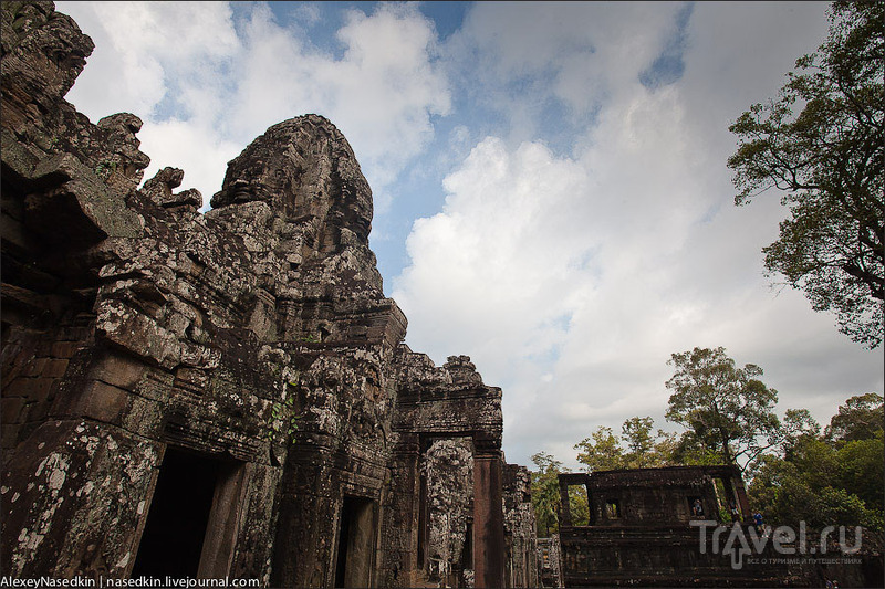 Главный храм Ангкор-Тхома - Байон, Камбоджа / Фото из Камбоджи