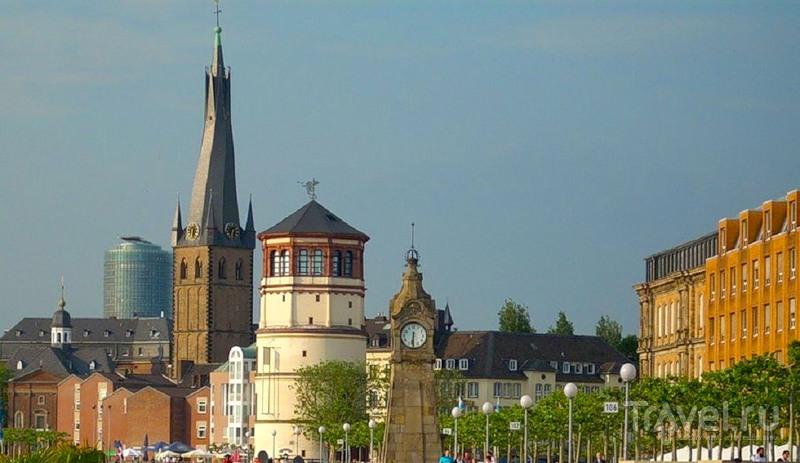 Площадь Бургплац, Дюссельдорф / Фото из Германии