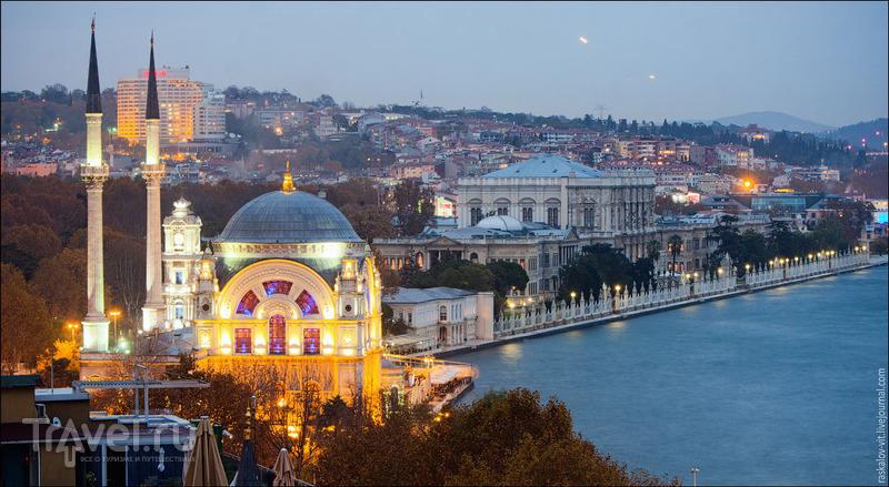 Дворец Долмабахче в Стамбуле / Фото из Турции