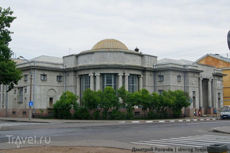 Морская библиотека в  Кронштадте / Фото из России