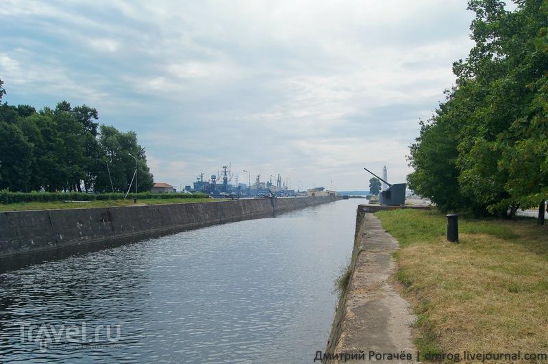 Канал имени Петра Великого в  Кронштадте / Фото из России