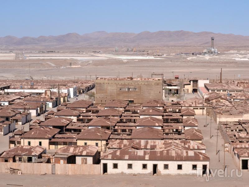 Индустриальные ландшафты в безжизненной пустыне Атакама / Чили