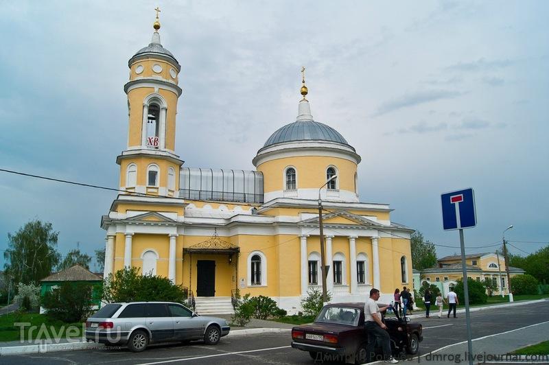 Церковь Воздвижения Креста Господня в Коломне / Фото из России