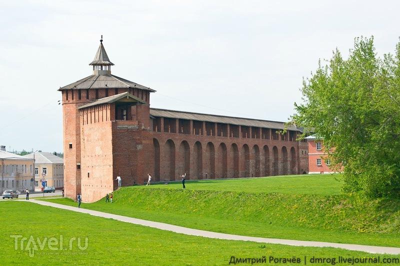 Стена с Грановитой башней в Коломне / Фото из России