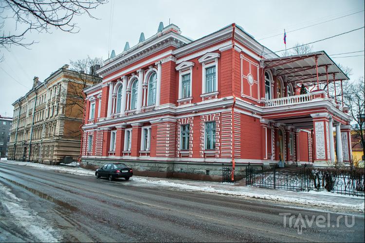 Бывший дом губернатора в Выборге / Фото из России