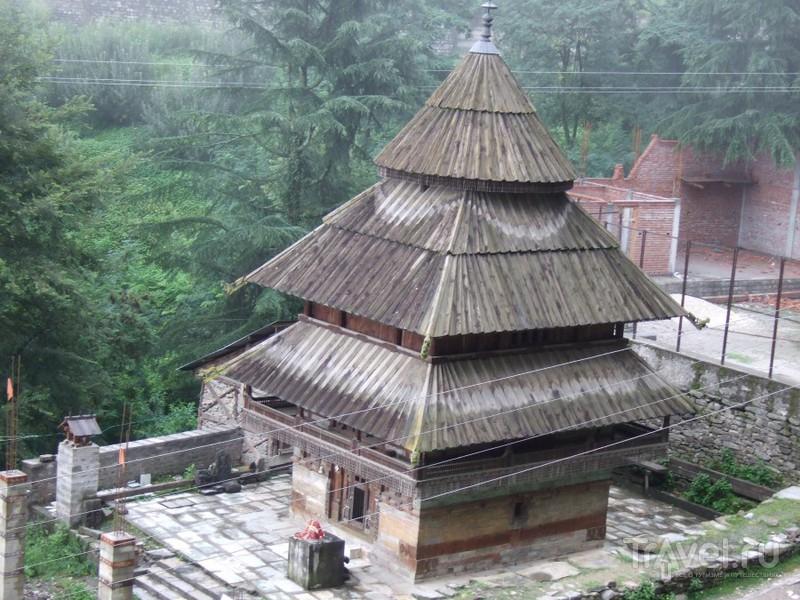 Наггар: Муссон, Krishna Temple и Гималайские цветы / Индия