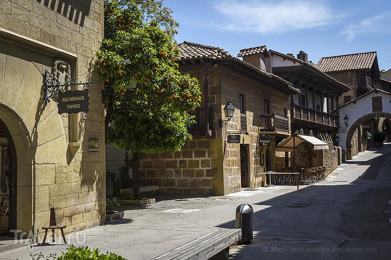Испанская деревня: Pueblo Espanol, Barcelona / Фото из Испании