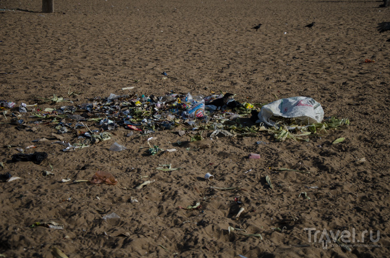 Мусор на пляже / Фото из Индии