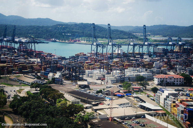 Порт в Панама-Сити / Фото из Панамы