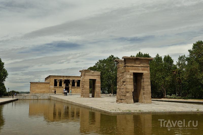 Египетский храм Дебот в Мадриде / Фото из Испании