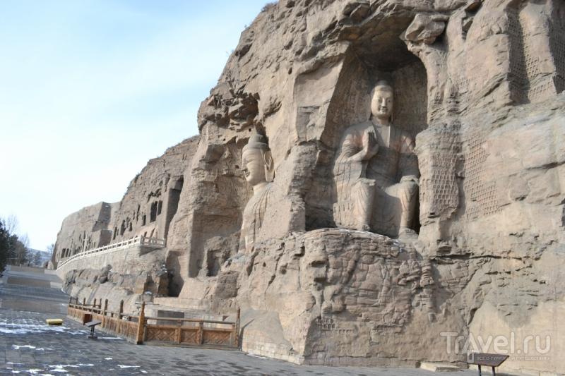 Пещеры Юньган под Датуном / Китай