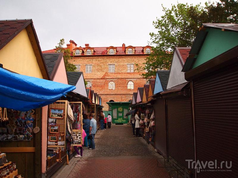 Сувенирный рынок, Каменец-Подольский / Фото с Украины