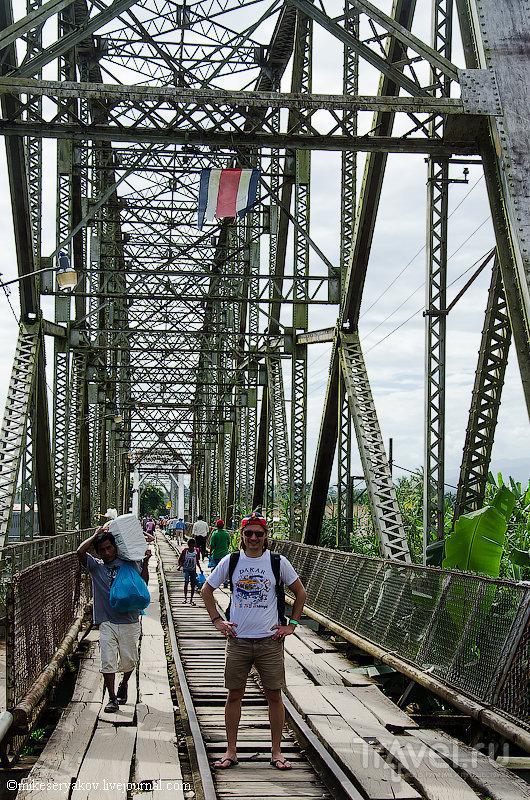На границе Панамы и Коста-Рики / Фото из Коста-Рики