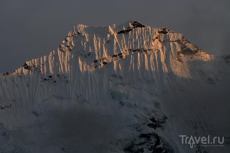 Закат в Чхукунге / Фото из Непала