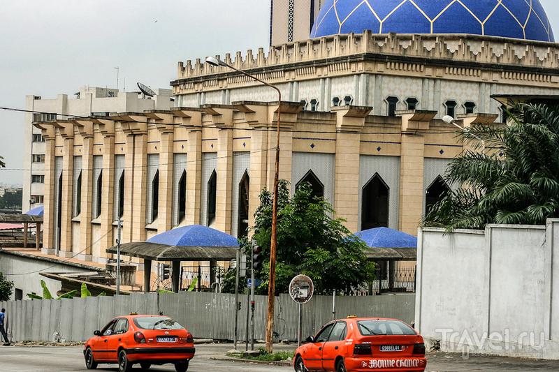 В городе Абиджан, Кот-д'Ивуар / Фото из Кот-д'Ивуара