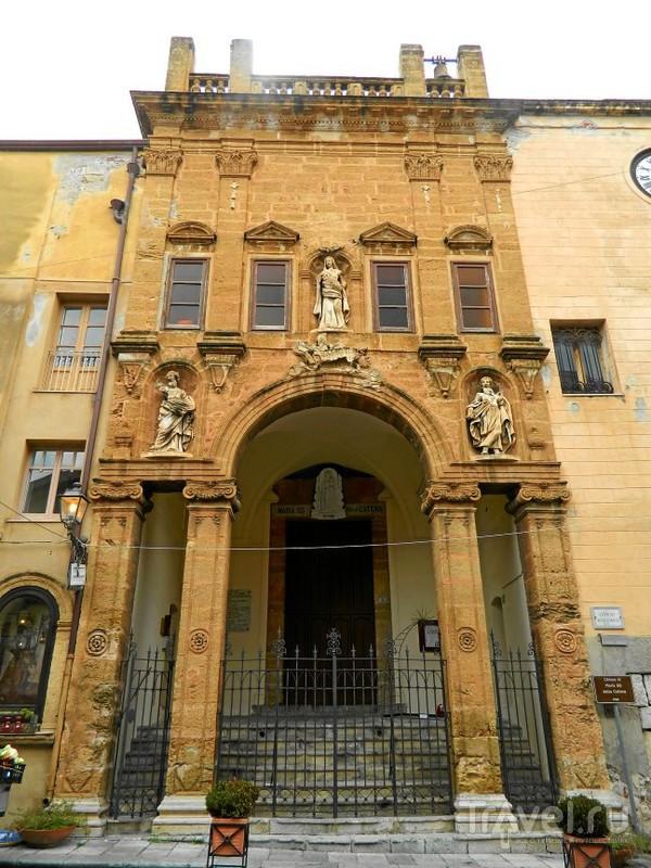 Chiesa di Maria Santissima della Catena в Чефалу / Фото из Италии