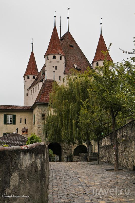 Тунский замок / Фото из Швейцарии