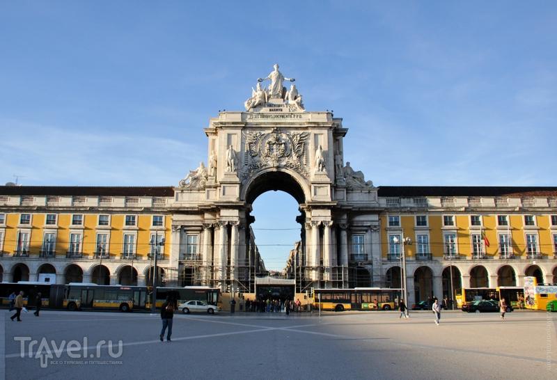 Торговая площадь в Лиссабоне / Фото из Португалии