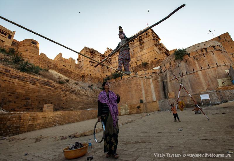 Форт в Джайсалмере, Индия / Фото из Индии
