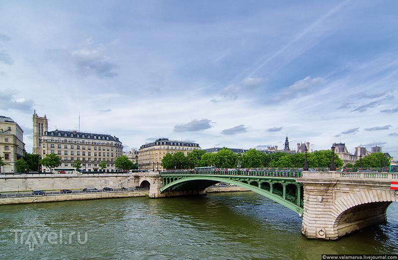 Мост Нотр-Дам (Pont Notre-Dame), Париж / Фото из Франции