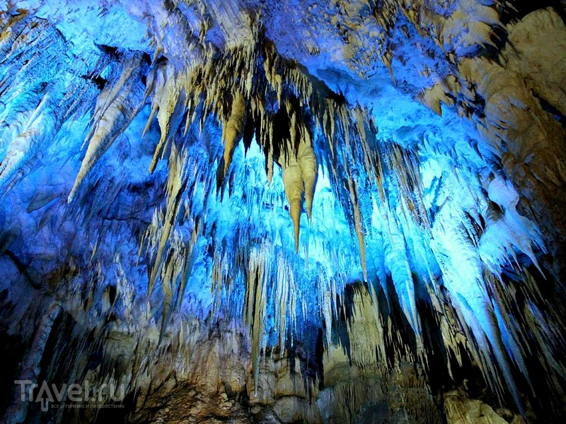 Пещера Кумистави была обнаружена в 1984 году в грузинском регионе Имеретия / Грузия