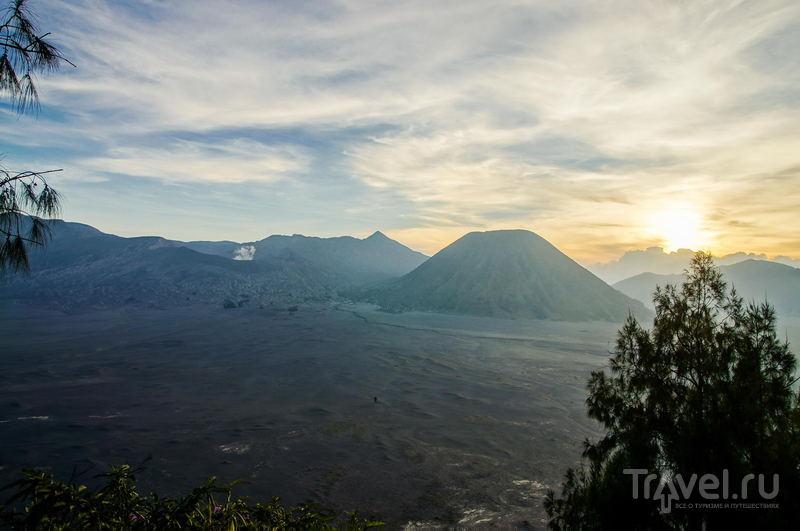 Кальдера древнего вулкана Тенгер, Индонезия / Фото из Индонезии
