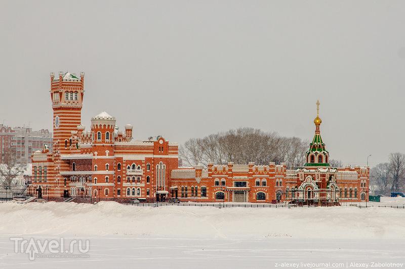 Общественное здание МФЦ в Йошкар-Оле / Фото из России