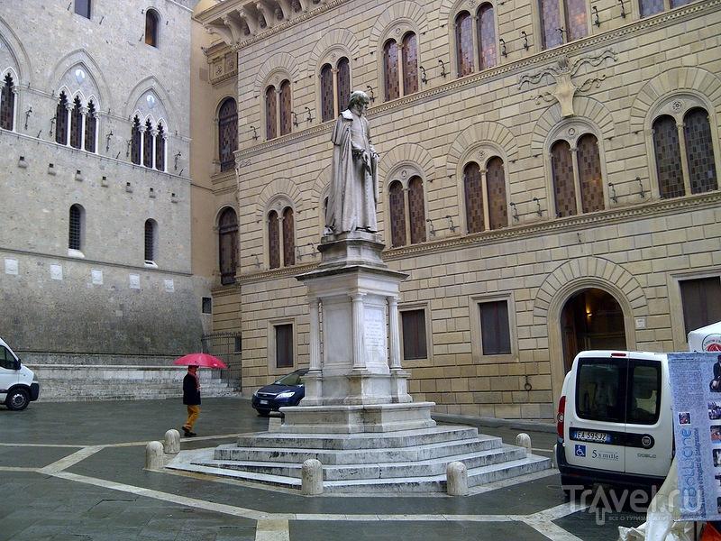 На автомобиле по Италии. Сиена / Италия
