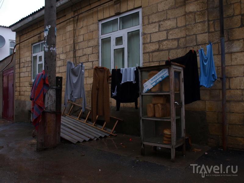 Дербент - прачечная, булочная и салон сотсовой связи в одном флаконе / Фото из России
