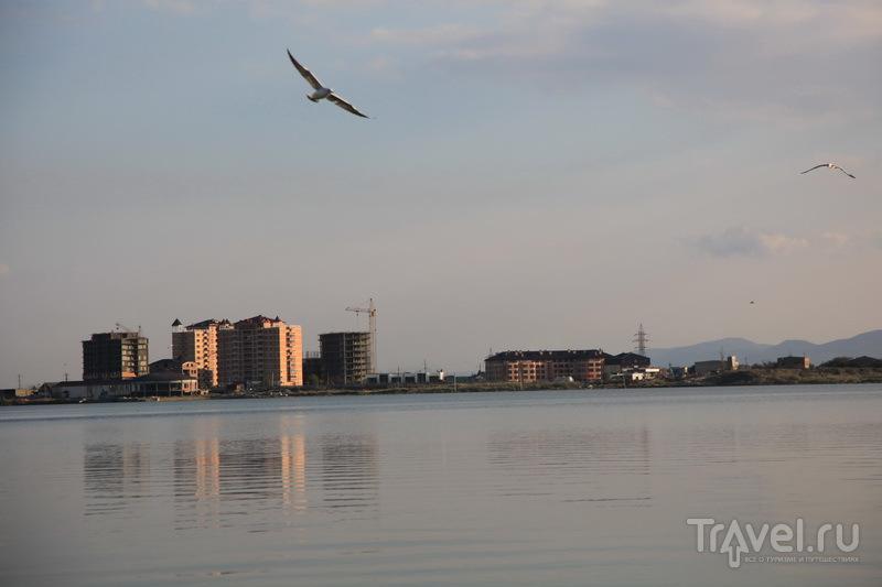 Махачкала, озеро Ак-Гёль / Фото из России