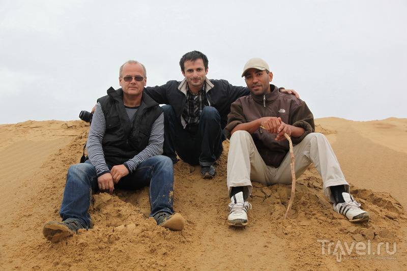 На барханах с дагестанскими друзьями - Багдатом и Ренатом / Фото из России
