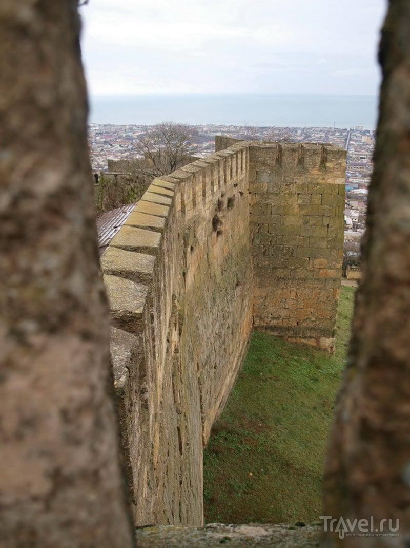 Средневековая дербентская стена / Фото из России