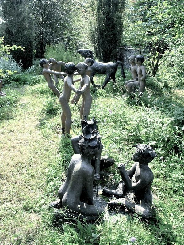 Первые бетонные статуи были созданы в начале 60-х годов прошлого века, Финляндия / Финляндия