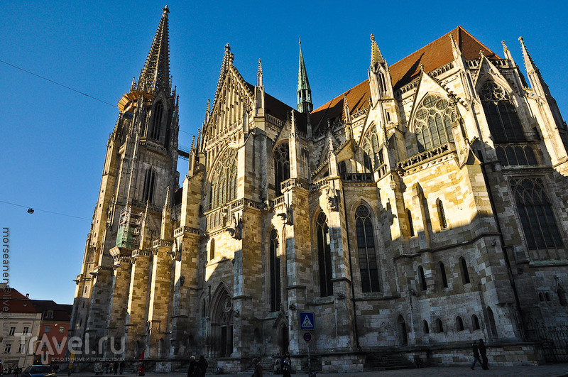 Регенбургский Собор в Регенсбурге, Германия / Фото из Германии