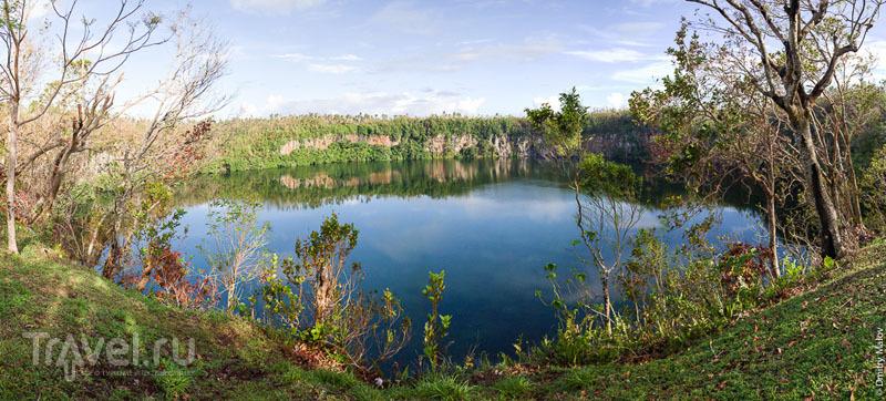 Озеро Lalolalo, остров Уоллис / Фото с островов Уоллис и Футуна