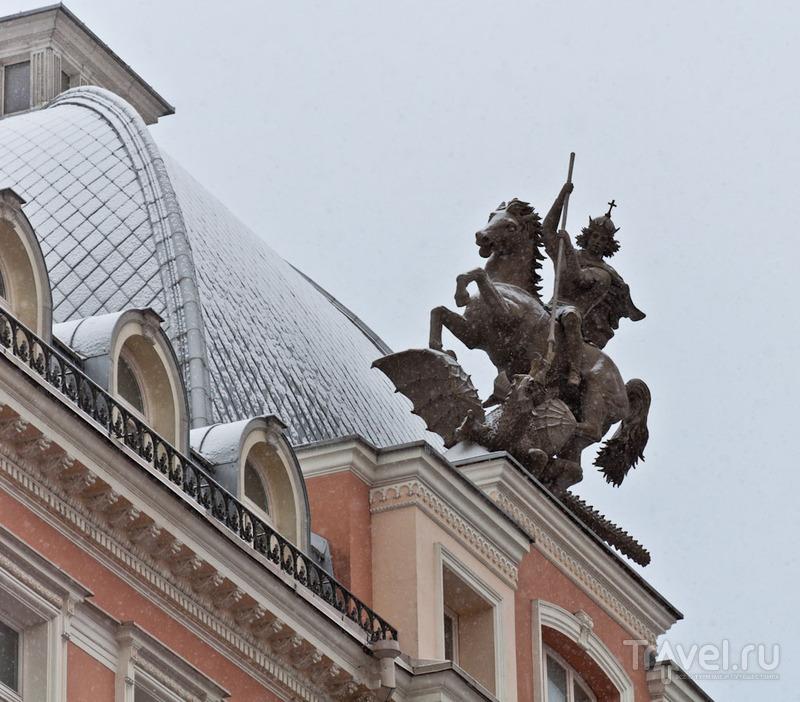 """Статуя святого Георгия на здании бывшей гостиницы """"Жорж"""", Вильнюс / Фото из Литвы"""